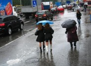 Дожди затапливают Крым и разгоняют курортников