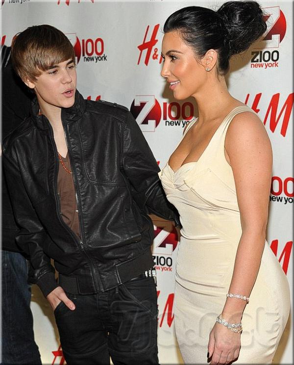 16-летний Justin Bieber со своей давней 30-летней подружкой Ким Кардашян