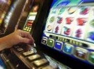Игровые автоматы онлайн – путь к успеху и материальному благополучию. Не верите? Посмотрите, как простые игроки взрывают залы казино невероятными джекпотами!