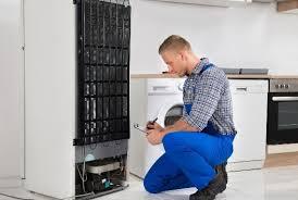 Правила поиска мастера по ремонту холодильников