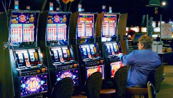 Об особенностях игры на деньги в азартные автоматы