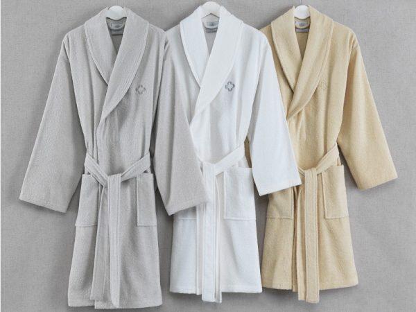 Халаты – наиболее удобная домашняя одежда