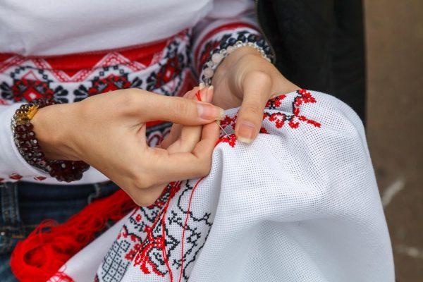 Правила вышивания свадебного рушника
