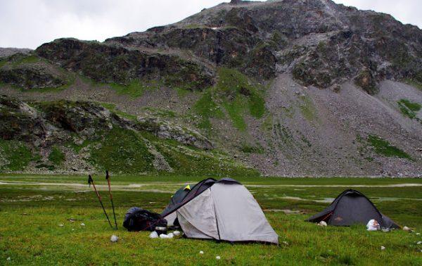 Как правильно выбирать палатку для туристических походов